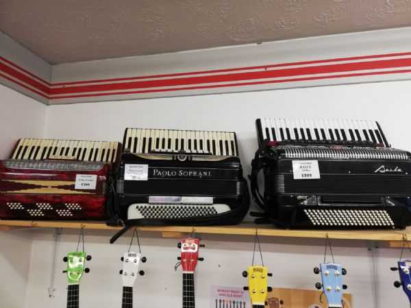 Second Hand Baile 120 Bass Accordion